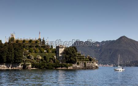 isola bella lake maggiore piedmont lombardy