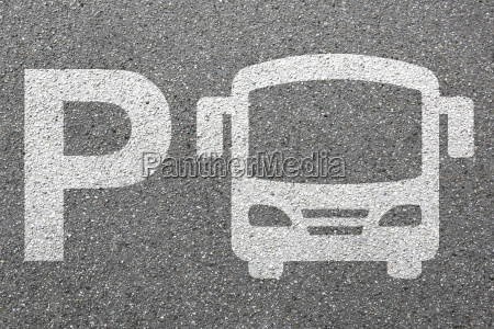 parkplatz bus autobus fernbus linienbus parken