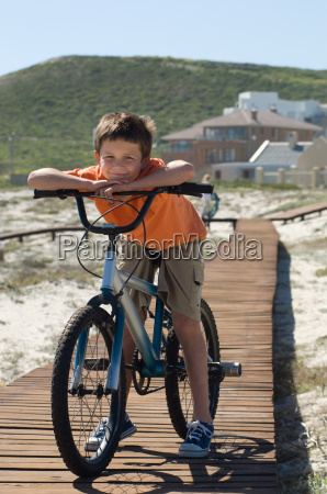 boy, with, bicycle - 18639046