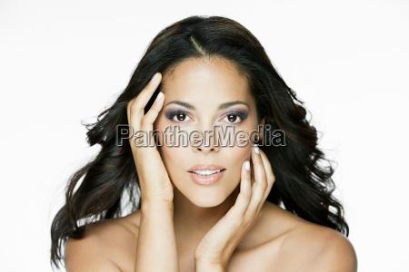 glamorous, hispanic, woman - 18662724