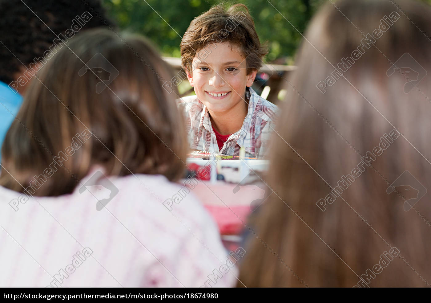 boy, at, birthday, party, eating, birthday - 18674980