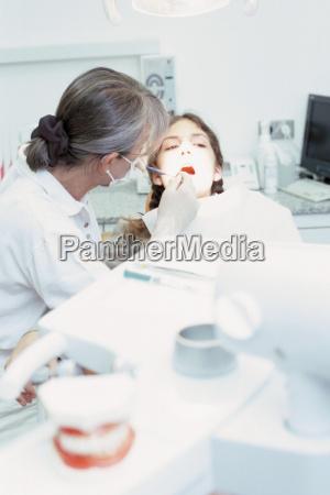 frau medizinisches medizinischer medizinische medizinisch weiblich
