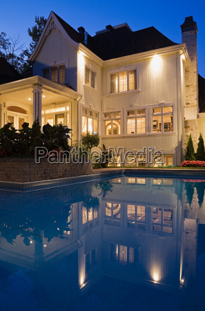 house, with, swimming, pool - 18782602