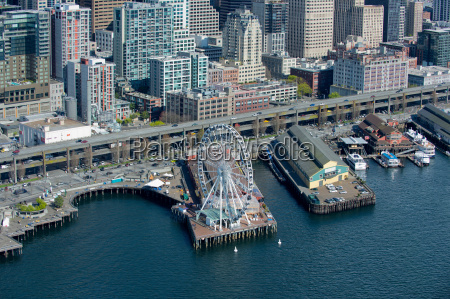 aerial view of ferris wheel and