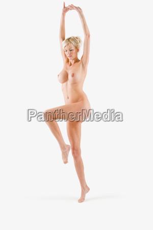 nude woman dancing