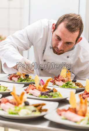 chef dekoration vorspeisenteller