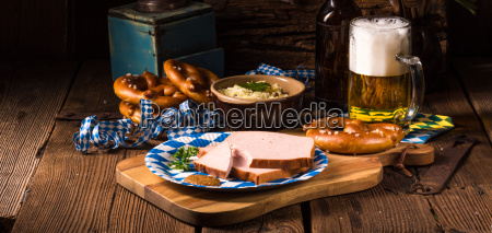 bavarian meatloaf with sweetly senf