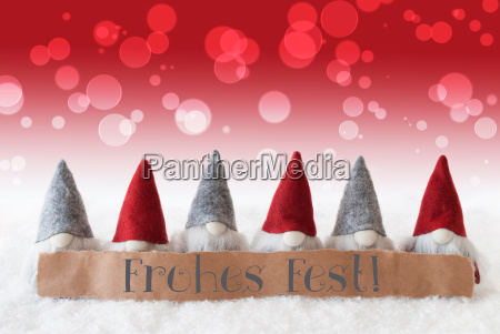 gnomes red background bokeh frohes fest