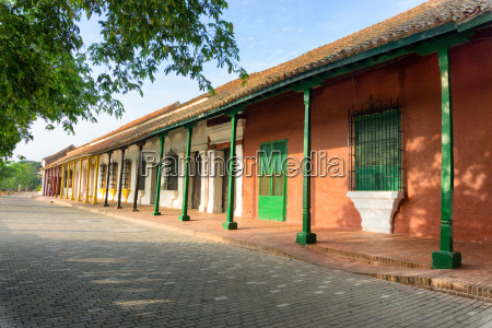 stunning colonial architecture in mompox