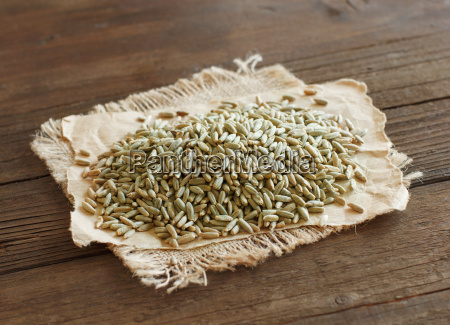 pile of dry raw rye grain