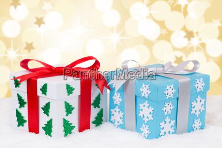 weihnachtsgeschenke geschenke schenken golden weihnachten bescherung