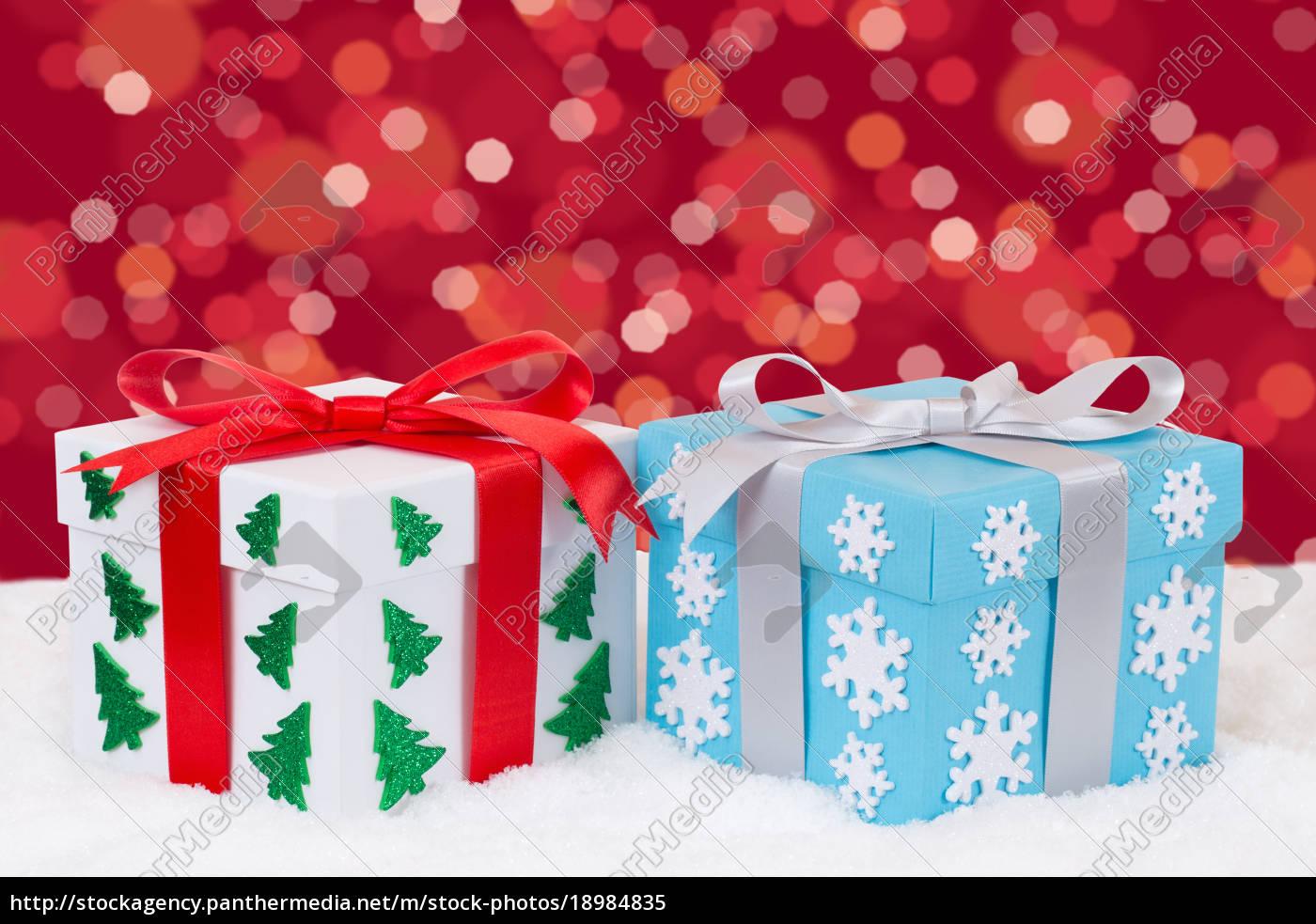 Weihnachtsgeschenke Geschenke.Lizenzfreies Bild 18984835 Weihnachtsgeschenke Geschenke Schenken An Weihnachten