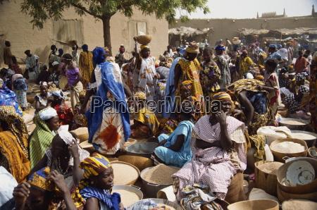 markttag djenne mali westafrika afrika