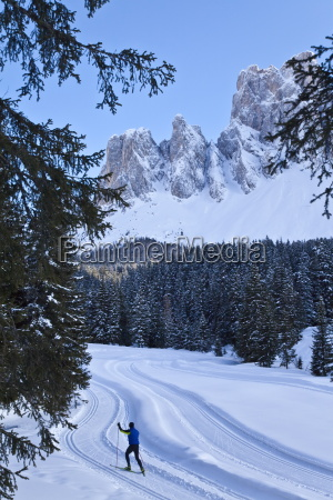 man skilanglauf puez geisler nationalpark dolomiten