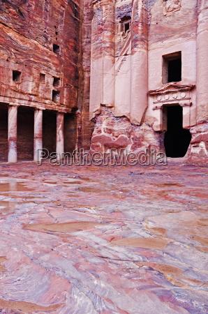 the urn tomb petra unesco world