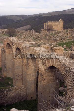 grand thermes large baths roman site