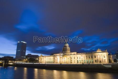 blu riflesso europa orizzontale allaperto fotografia