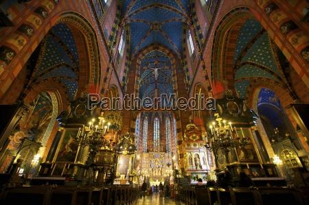 religion kirche kunst gewoelbe gemaelde kerze