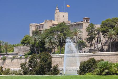 almudaina palace at parc de la