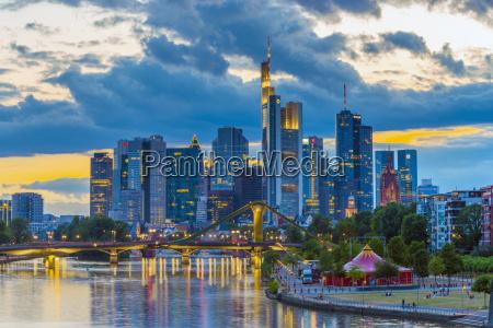 city skyline and river main frankfurt