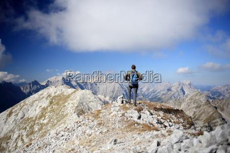 gebirgswanderung in den alpen