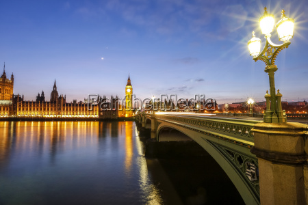 view of big ben and palace