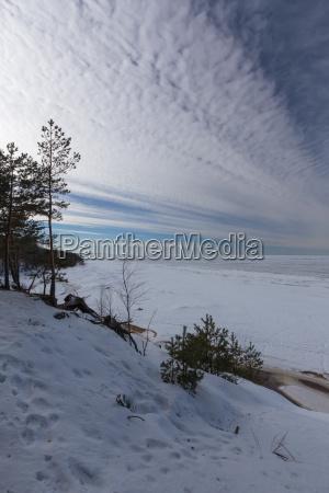 winter schnee meer ostsee lettland saulkrasti