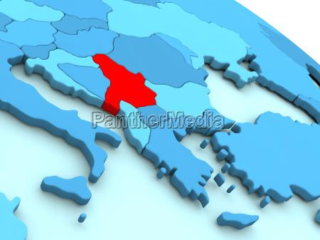 serbien in rot auf blau globus