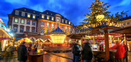 weihnachtsmarkt in heidelberg bei daemmerung logos