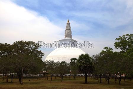 sri lanka stupa buddhismus grab grabstaette