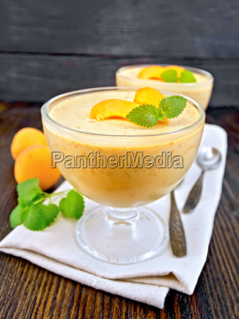 jelly air apricot in glass bowl
