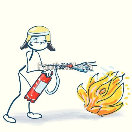strichmaennchen als feuerwehrmann mit feuerloescher beim