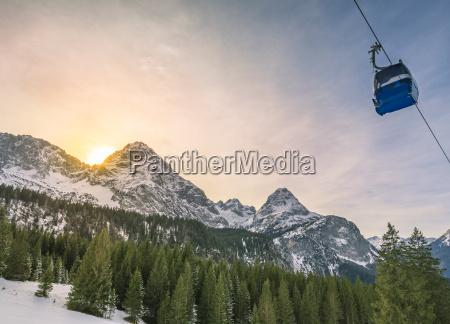berge tourismus dezember touristik fremdenverkehr schnee