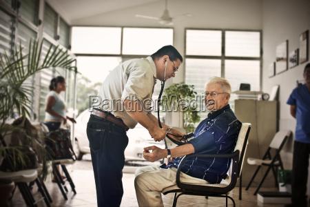 arzt mediziner medikus profil menschen leute