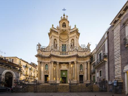 italy sicily catania piazza del doumo