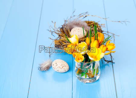table decoration with easter eggs on