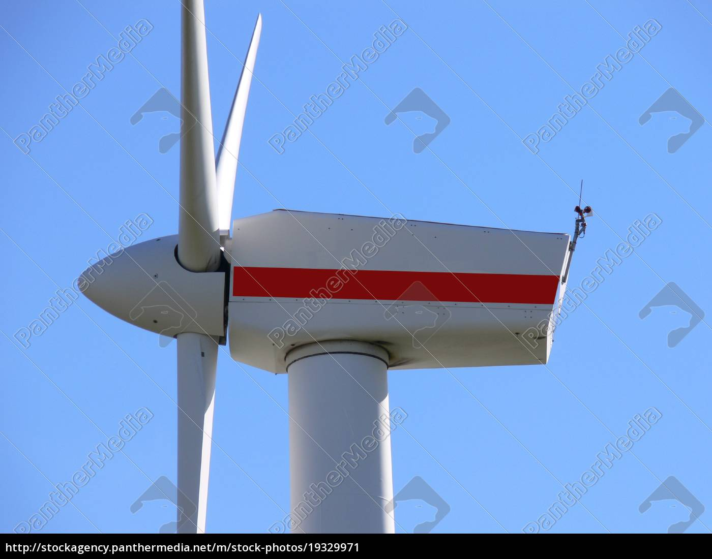 windmill, with, a, red, stripe - 19329971