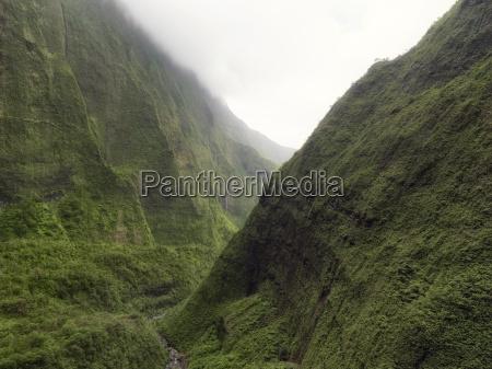 view of waimea canyon on na