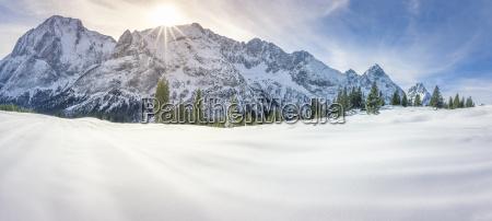 berge urlaub urlaubszeit ferien winter verschneit
