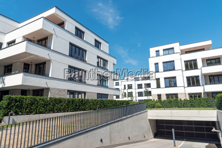 moderne apartmenthaeuser mit tiefgarage in berlin