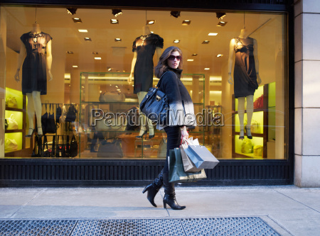 woman with shopping in new york