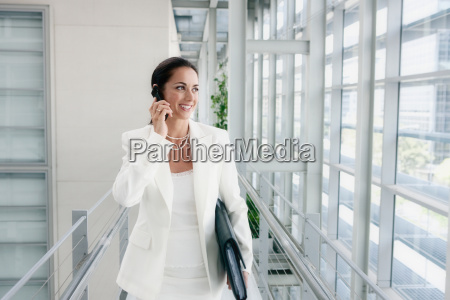 business women on a mobile phone