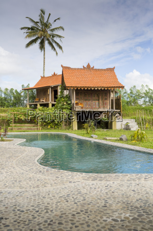 stilt house holiday apartment with swimming