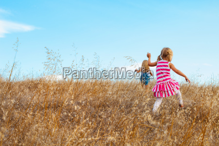 girls playing mt diablo state park