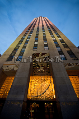 exterior of rockefeller centre manhattan new