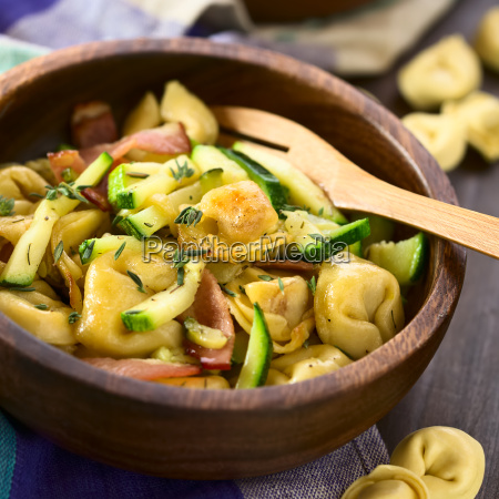 baked tortellini with zucchini and bacon