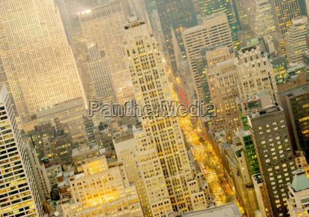 blick nach oben 5th avenue vom
