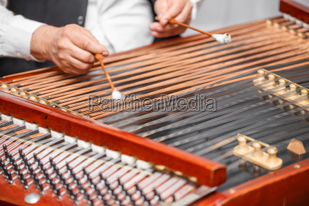 traditionelles musikinstrument