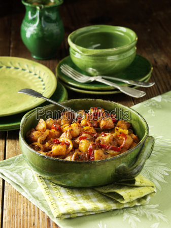 mediterranean potatoes with peppers and chillies