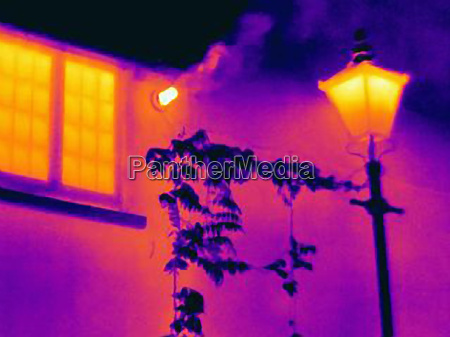 thermal image of streetlight and window